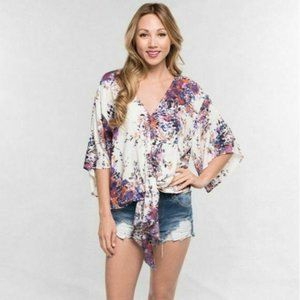 Lovestitch Watercolor Floral Tie-front top size SM